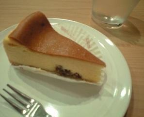 20200617アトリエドフロマージュのベイクドチーズケーキ.JPG