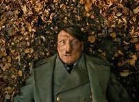 帰ってきたヒトラー2.jpg